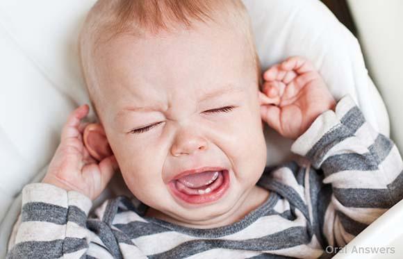 04-baby-teething-ear-pulling
