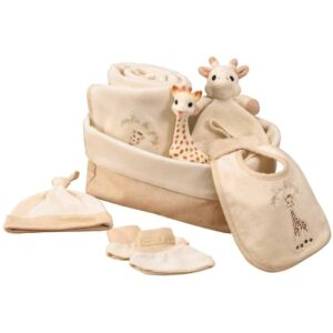 sophie the giraffe first hours case